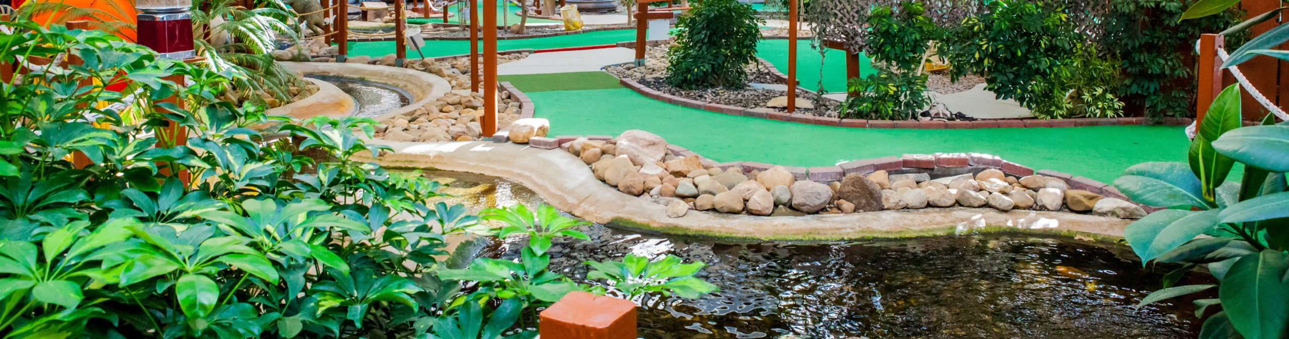 Colasanti's Indoor Mini Golf